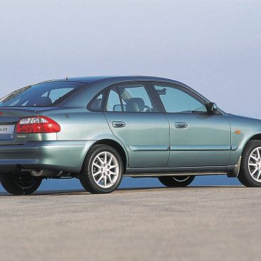 wallpapers_mazda_626_1999_1